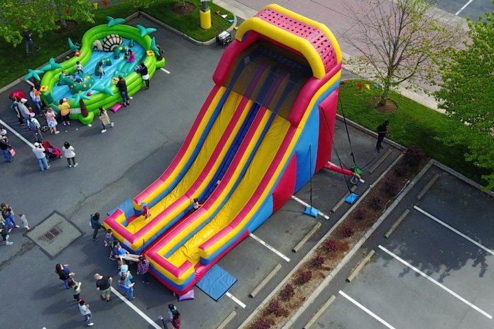 24' Dual Lane Slide