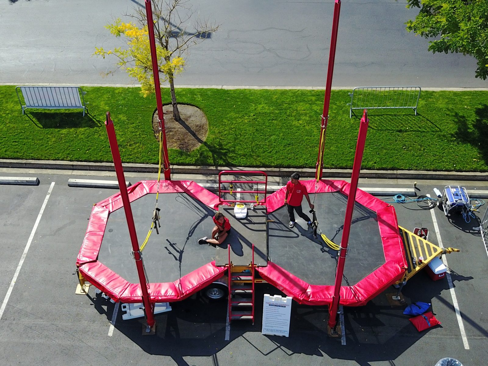 Double Bungee Trampoline