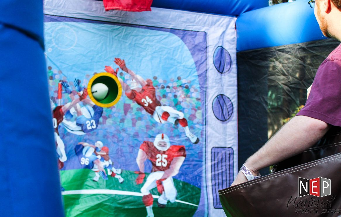 Quot Armchair Sports Quot Football And Basketball Throw Game