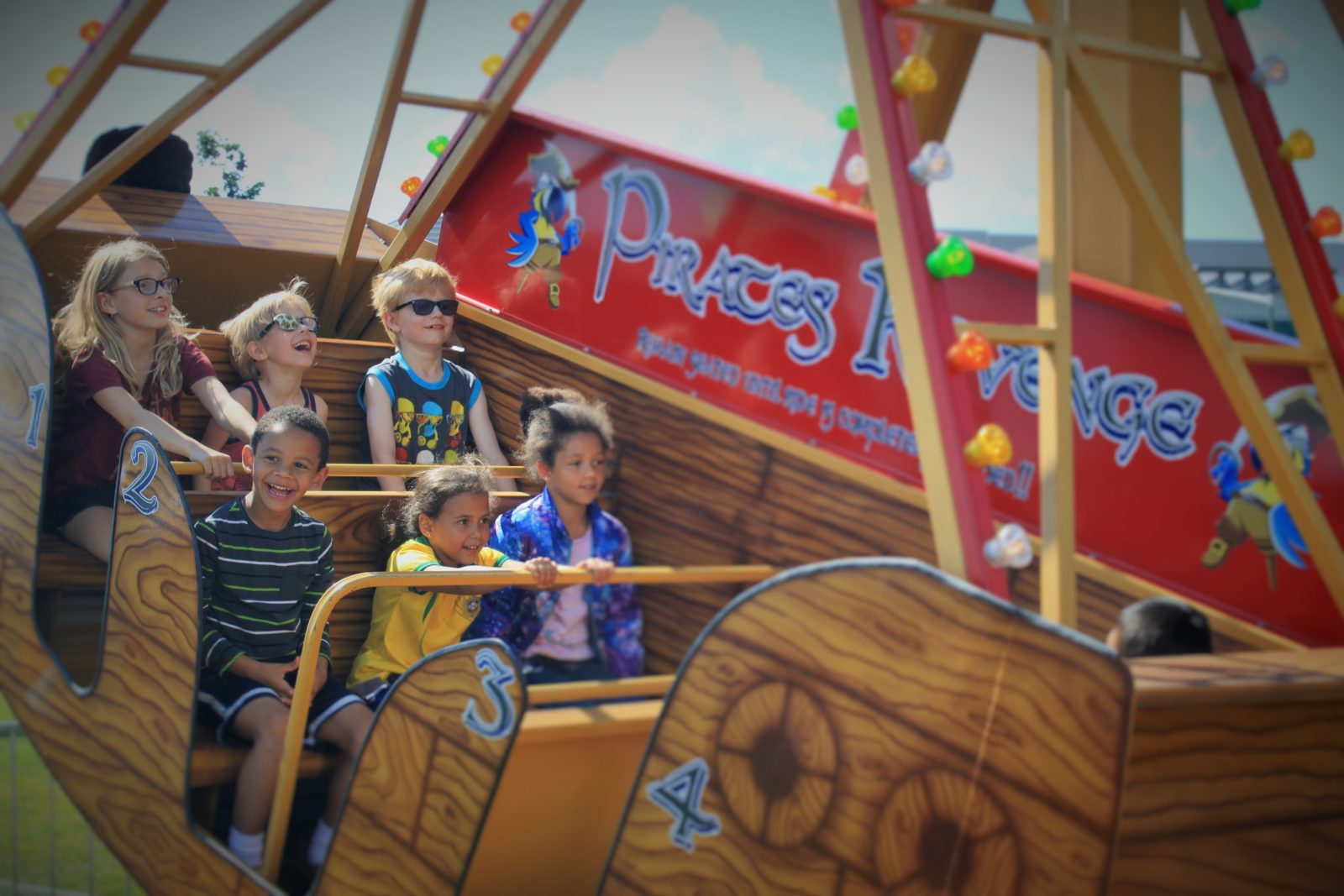 Pendulum Swing Ride