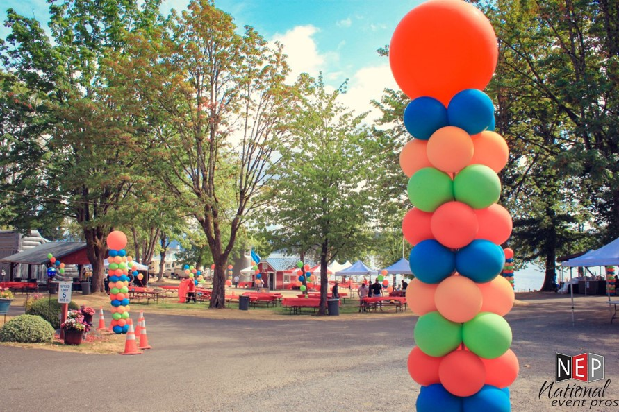 balloon decor for outdoor events