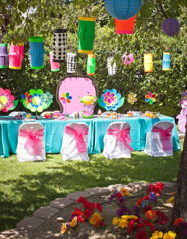 Alice In Wonderland Decorated Tea Party