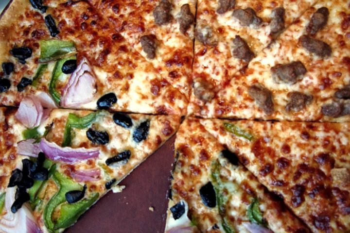 Creative Event Themes: Build-Your-Own Pizza Party