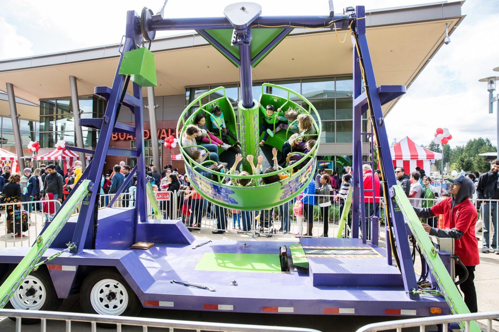 Pendulum Carnival Ride Rental