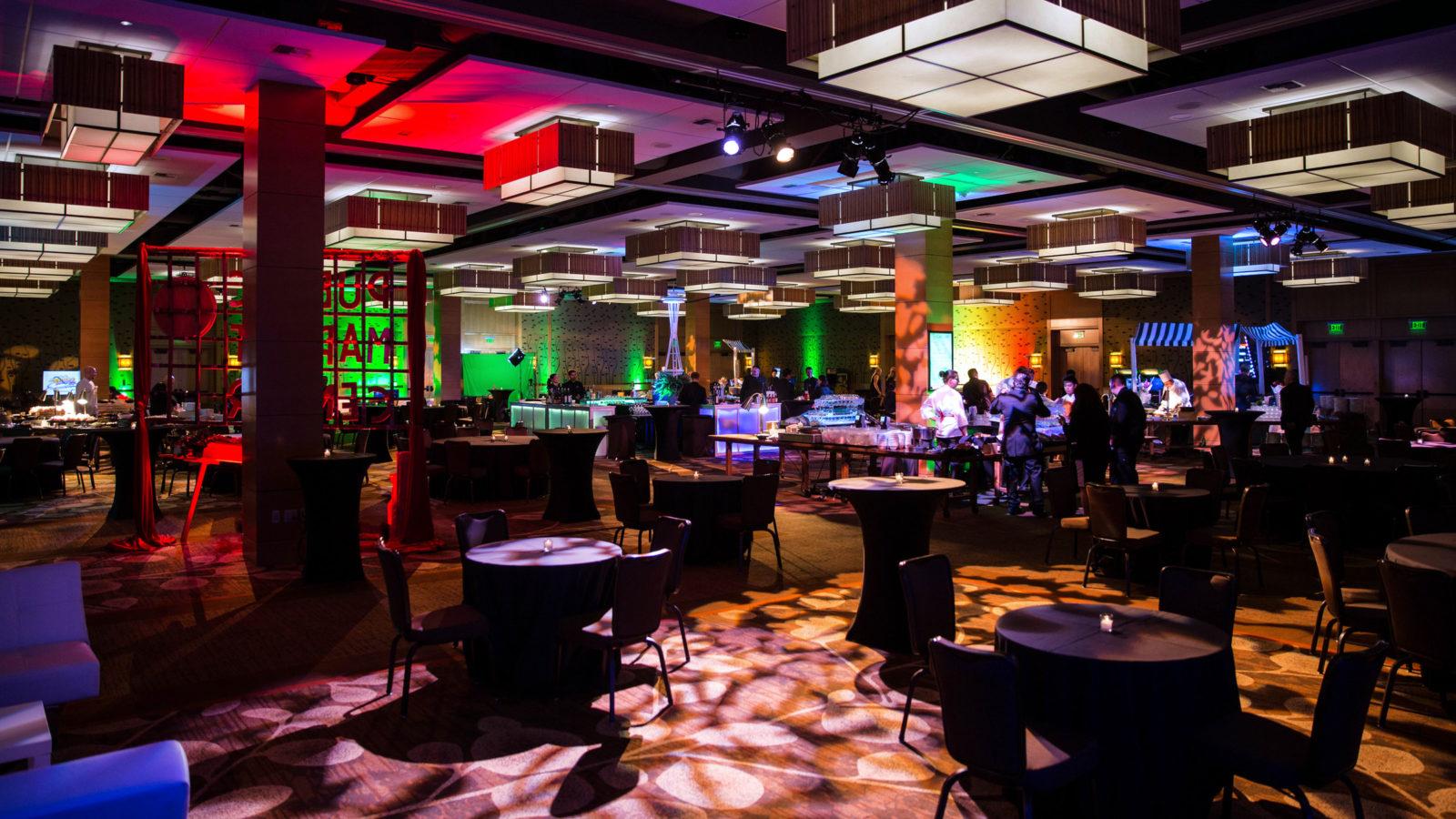 LED Multi-Color Uplights