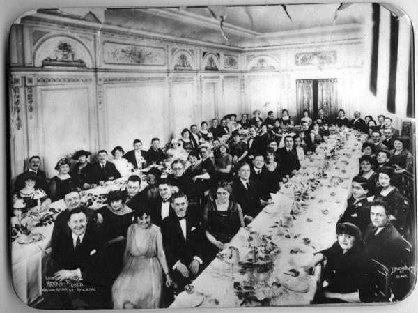 1920s formal dinner