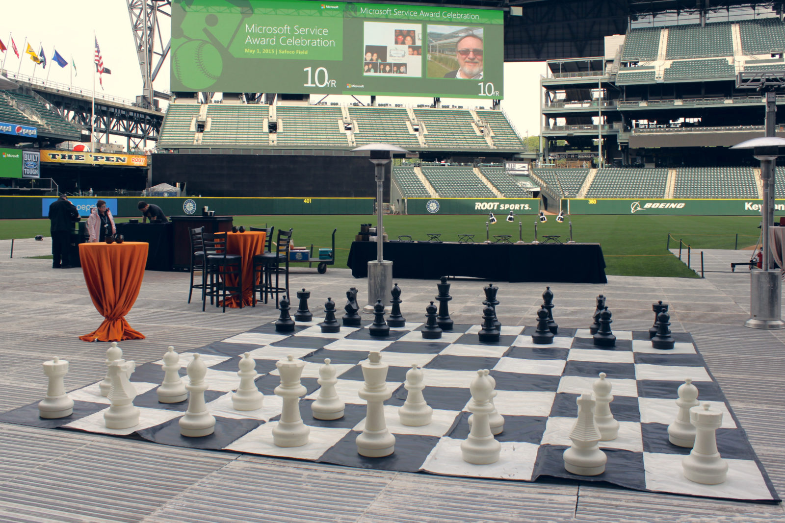 Giant Chess yard game and patio heater rental