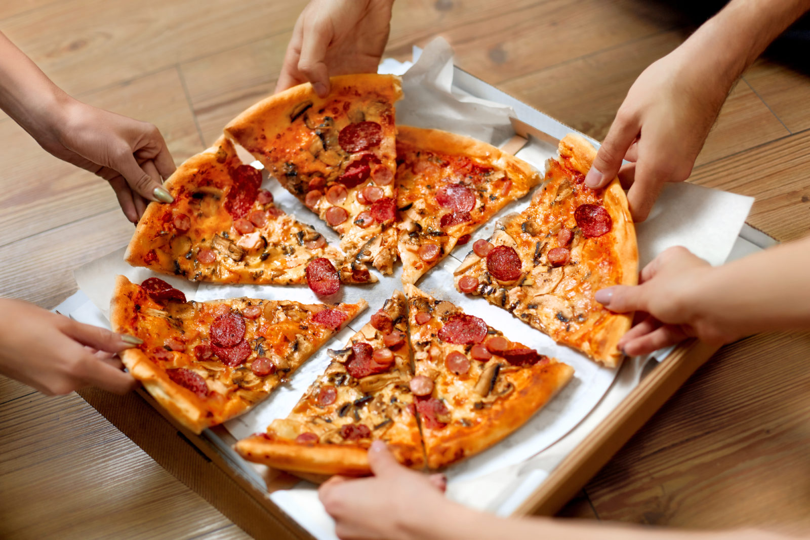 Make-Your-Own Pizza Party theme for events