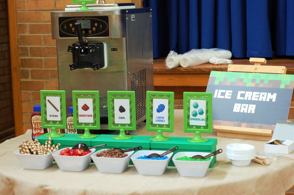 Minecraft themed ice-cream bar