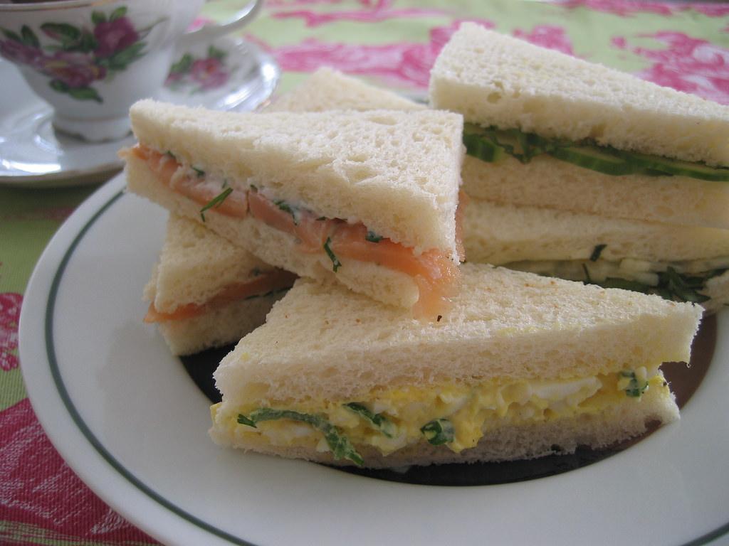 mini sandwich display