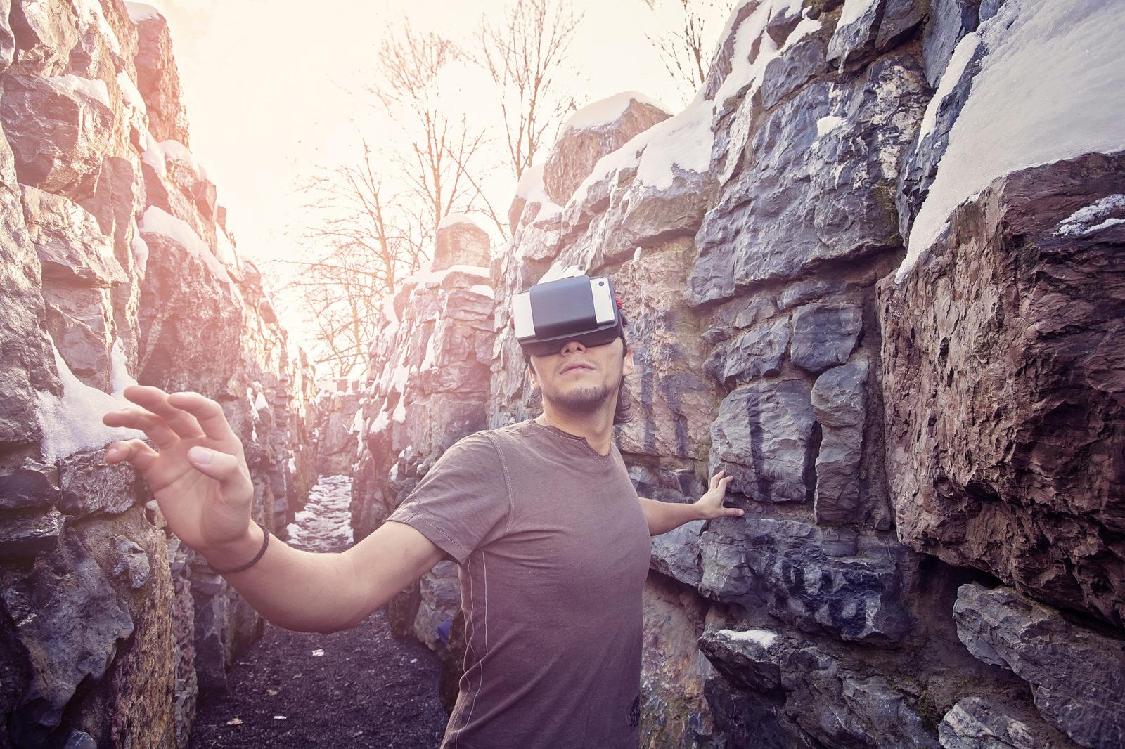 virtual reality explorer