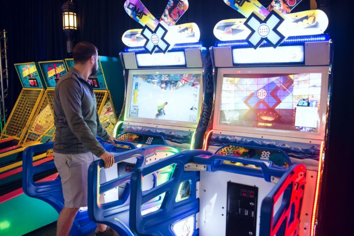 Raw Thrills X Games Snowboarder Arcade Unit