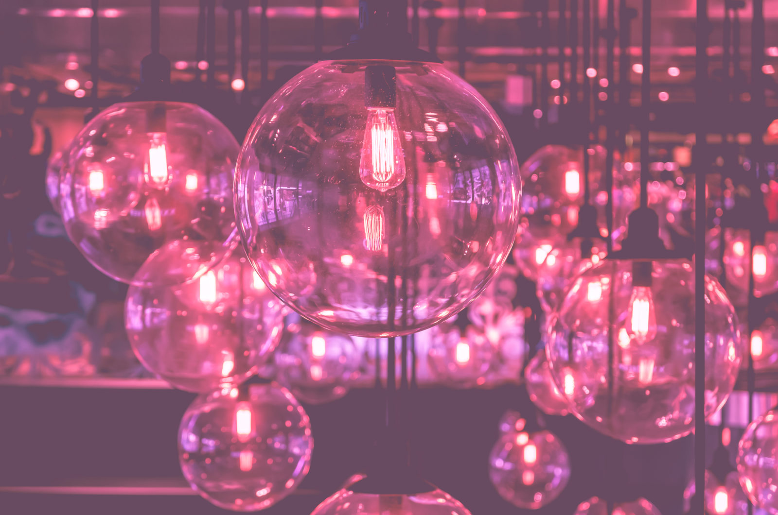 pink bulb lighting decor