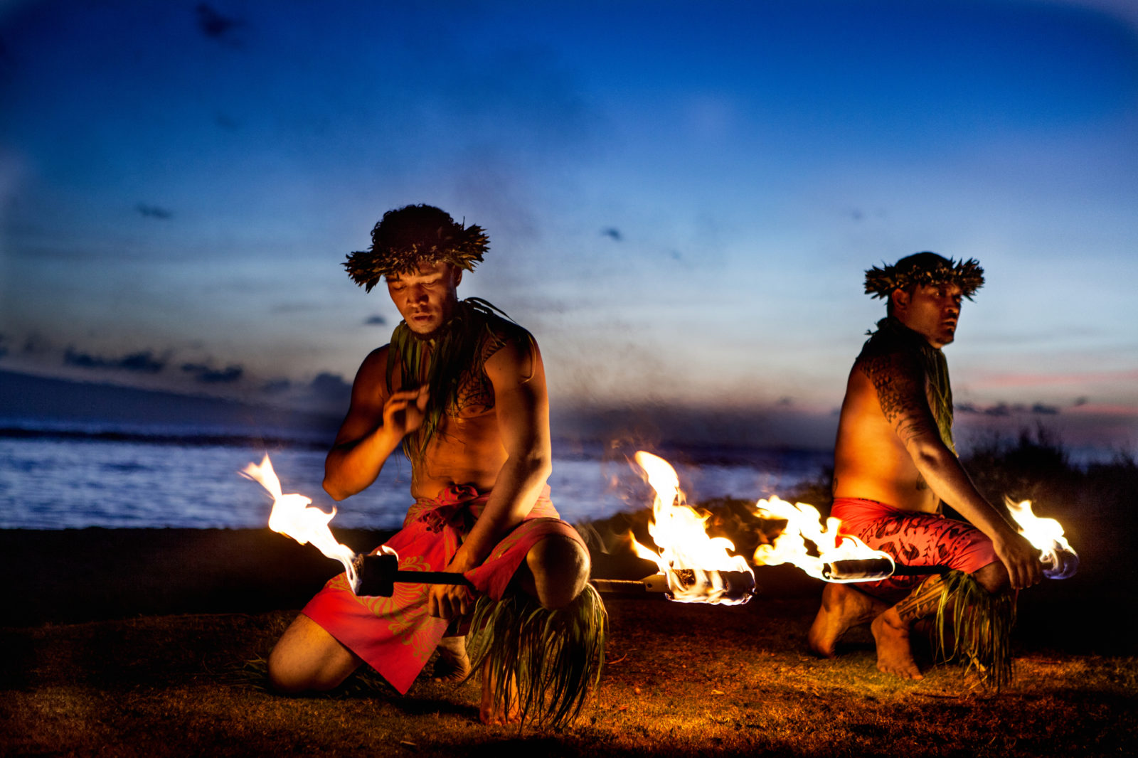 hawaiian luau fire dancers