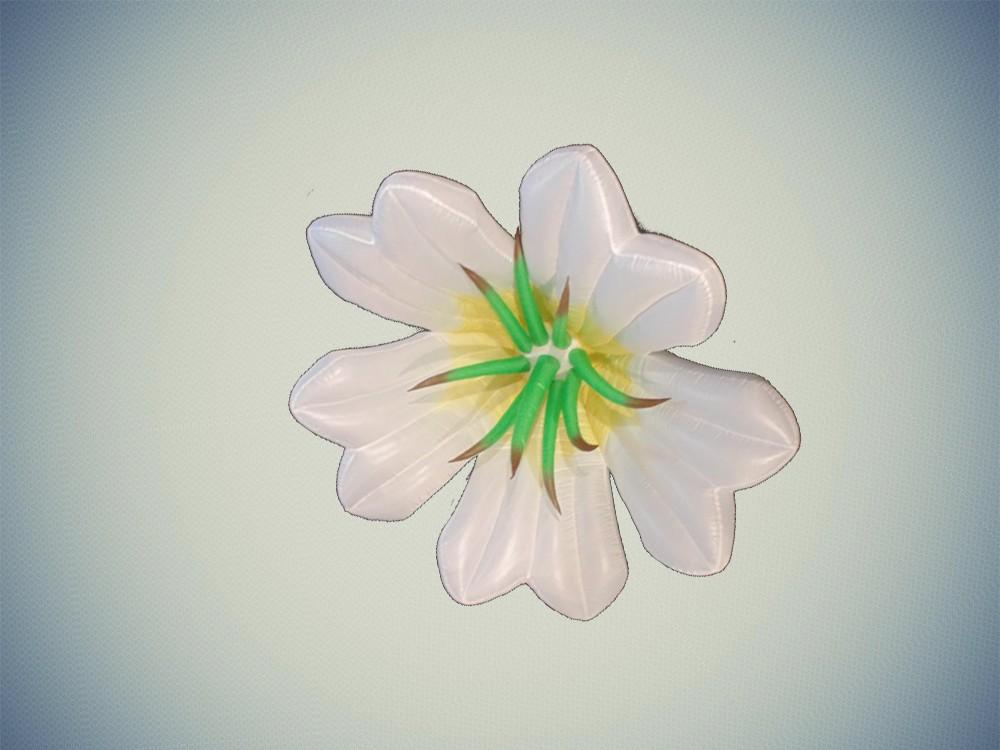 white daisy sculpture