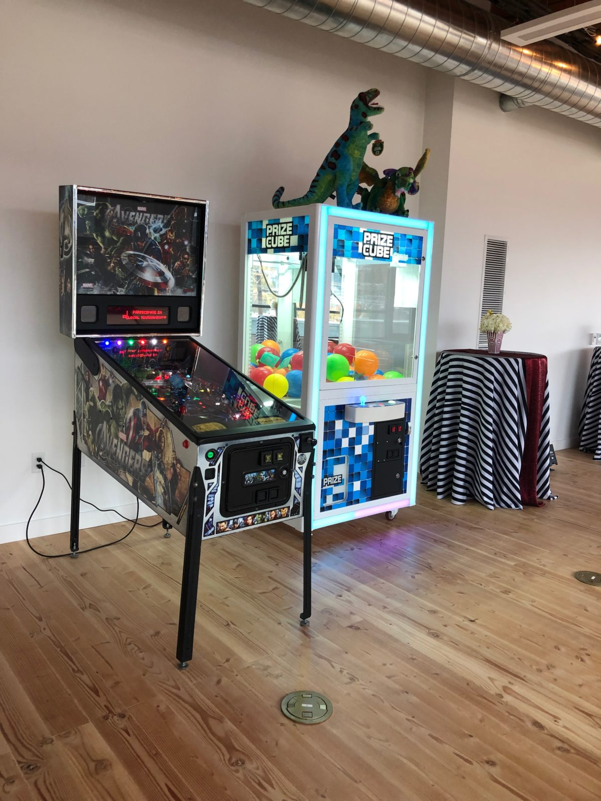 arcade claw machine rental