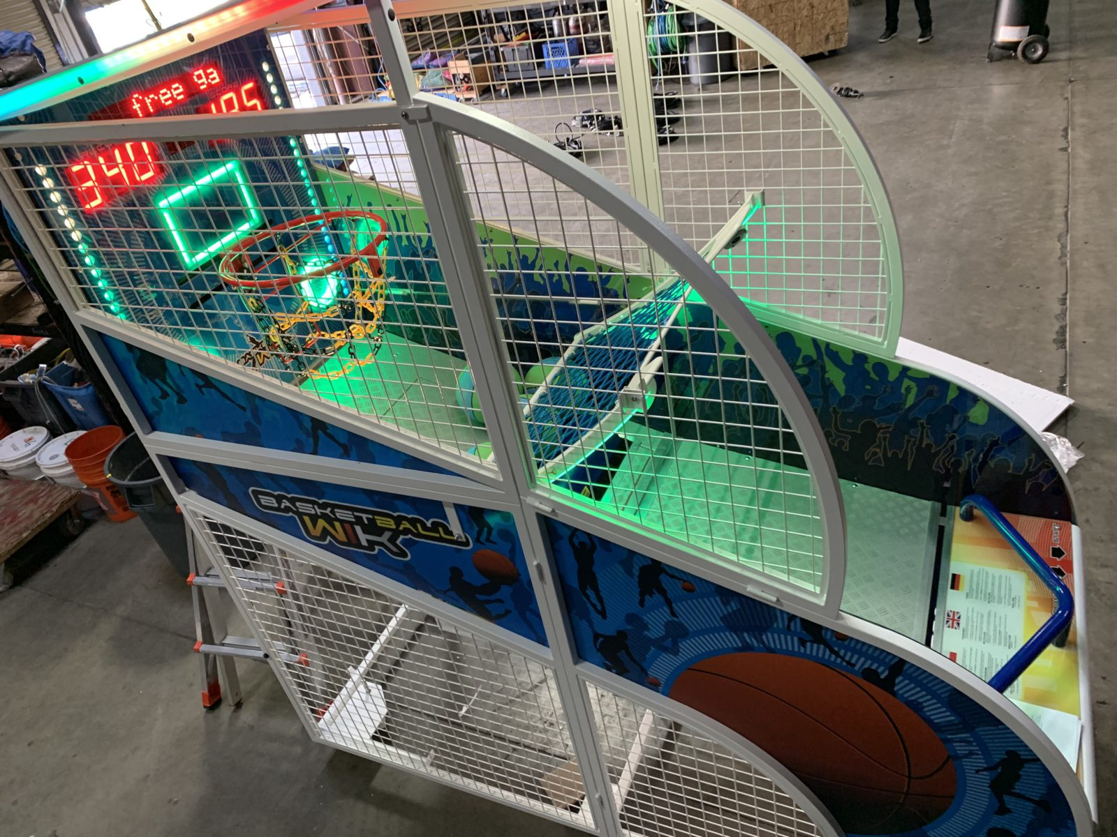 glow in the dark basketball arcade game