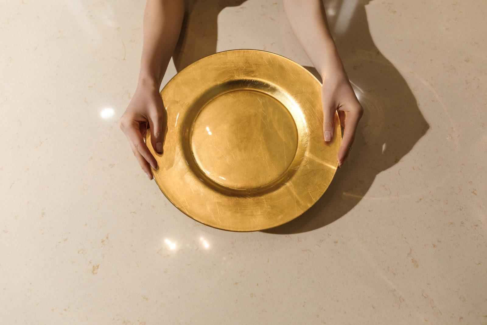 elegant gold dinner plate