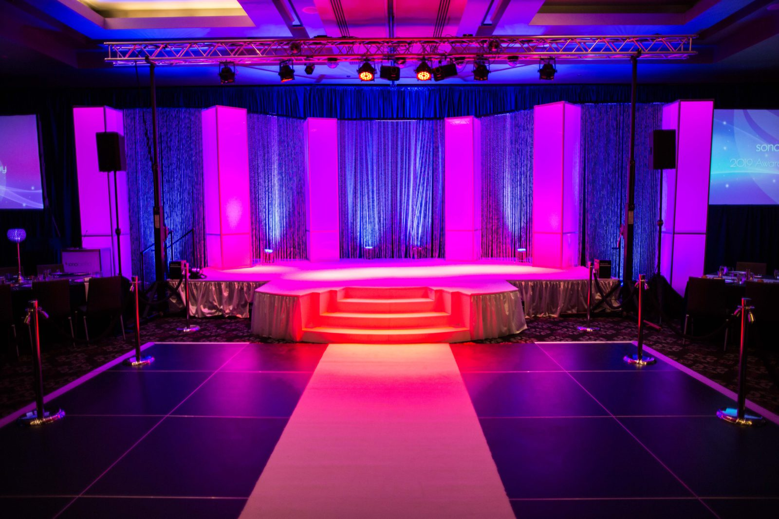 custom awards show decor