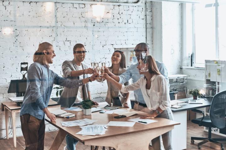 28 Lively Indoor Corporate Team Building Activities